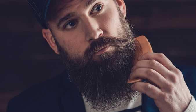 Top beard comb