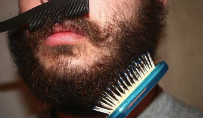 How to Get Rid of Curls in Your Beard