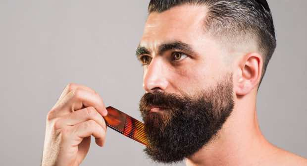 How to Keep Your Beard Clean – My Pro Tips